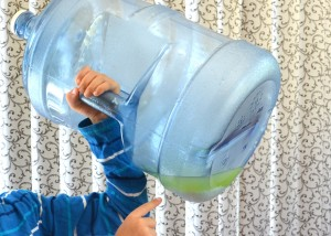 how to clean a water bottlea secret from a russian grandma